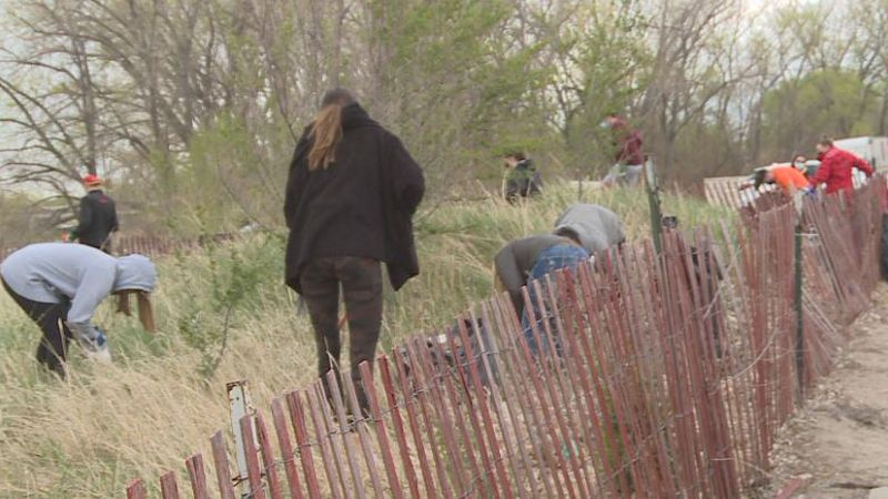 Iowa State Pay It Forward Students Clean Up North Platte
