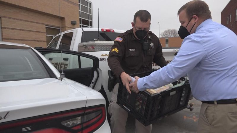 The Lincoln County Sheriff's Office continued a two-year holiday tradition by donating...