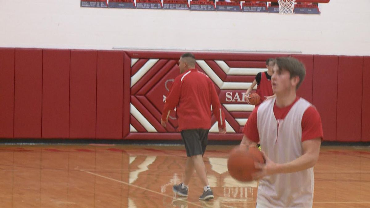 Tayton Schuster takes jump shots during practice on Monday, January 6th.<br />(Credit:Sam Pirozzi/KNOP-TV)