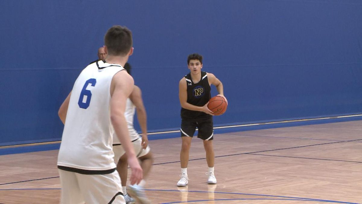 Bulldog senior Steven Garcia handles the ball during an intra-squad scrimmage prior to the season (Credit: Patrick Johnstone/KNOP-TV)