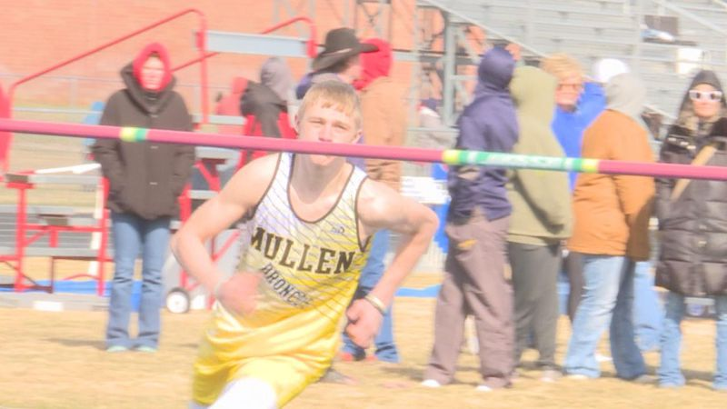 A Mullen athlete prepares for his Field event.