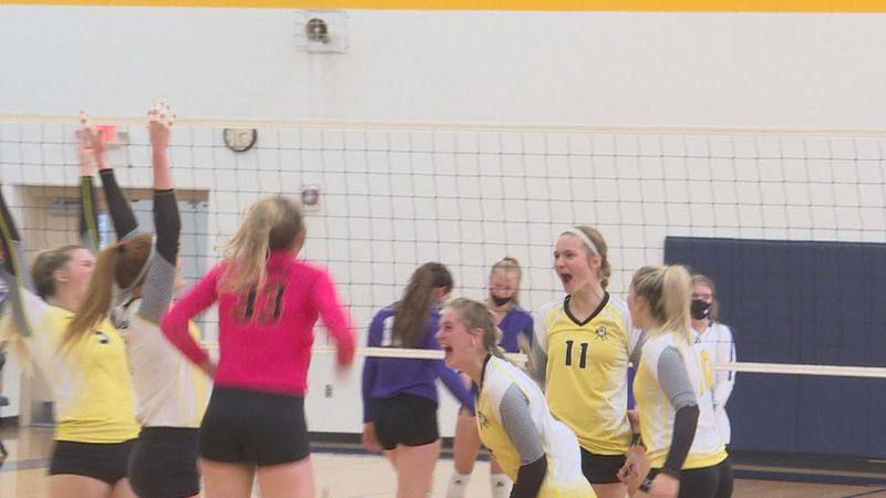 The Mullen Volleyball Team will advance to the State Tournament after beating Garden County...