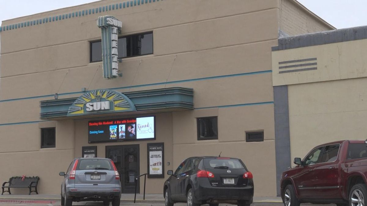 The Gothenburg Chamber of Commerce and the Sun Theatre present Power Lunch, a monthly program...