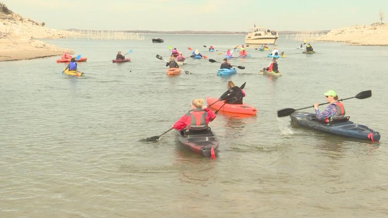 Kayakers hit Lake McConaughy to fundraise for the Ogallala Rotary Club.