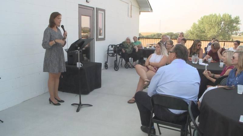 Former North Platte Public Schools teacher Elizabeth Tegtmeier announces run for Nebraska State...