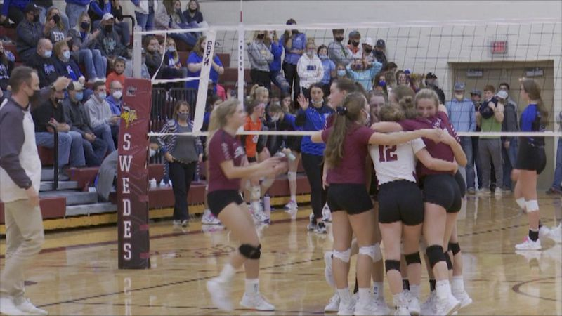 Gothenburg celebrates after defeating Hershey in three sets.