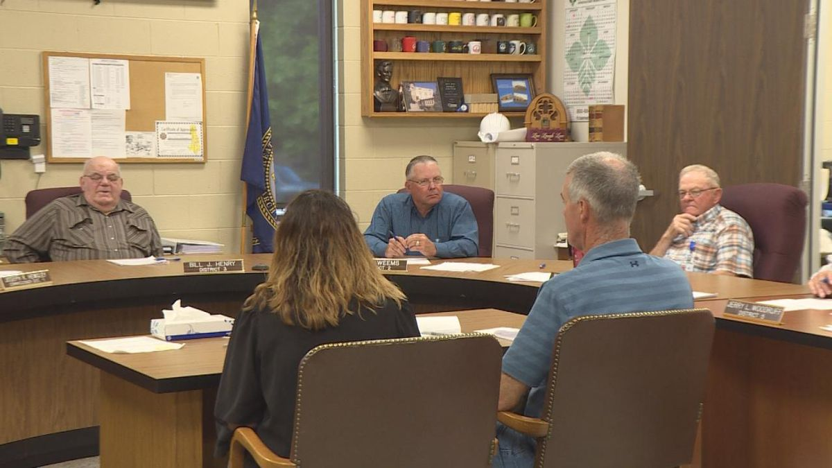 The Lincoln County Courthouse is opening back up, but with new guidelines. The Commissioners and City Officials agreed upon opening the building with recommendations for the community to social distance. (SOURCE: Kaylie Crowe KNOP-TV)