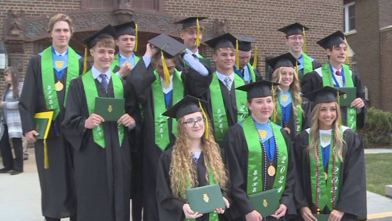 St. Pat's graduates 13 in their class of 2021 Sunday