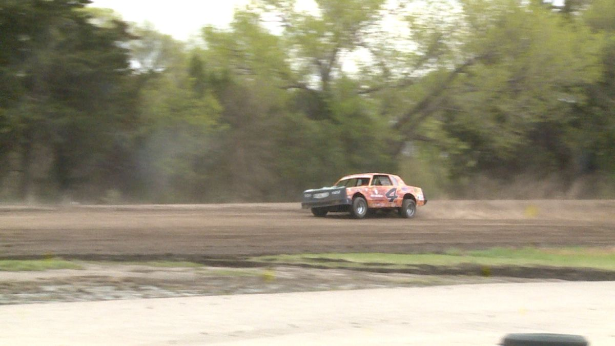 A race car takes a test run at t he Lincoln County Raceway on Sunday morning. (Credit:Sam Pirozzi/KNOP-TV)