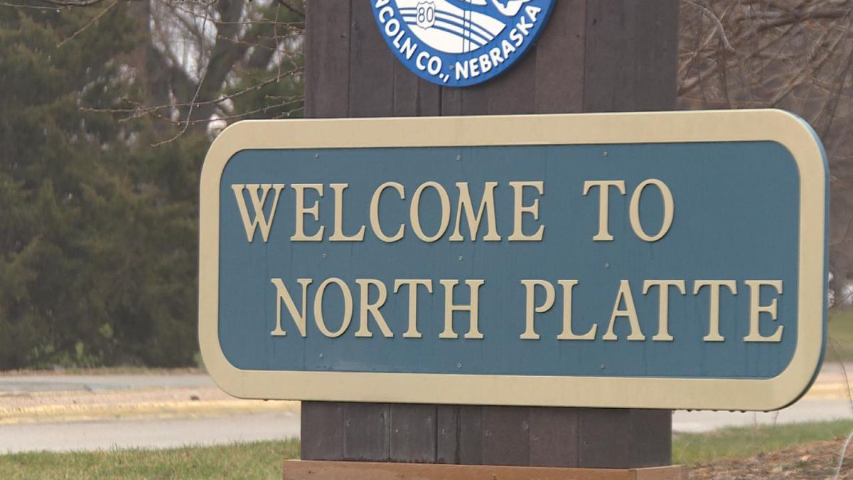 """A shot of the """"Welcome to North Platte sign."""""""